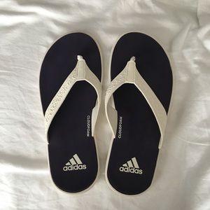 Adidas cloudfoam flip flops for women NWOT